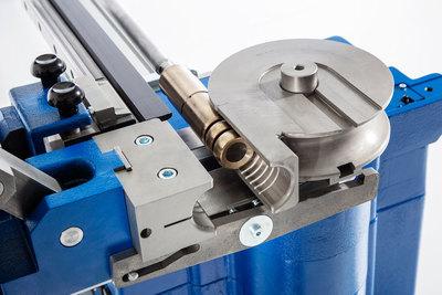 maquina dobladora de tubos hidraulica cnc
